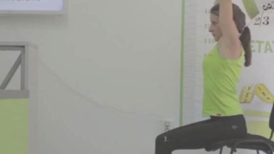 Как да комбинираме упражнения с диета? Разгъване трицепс седеж